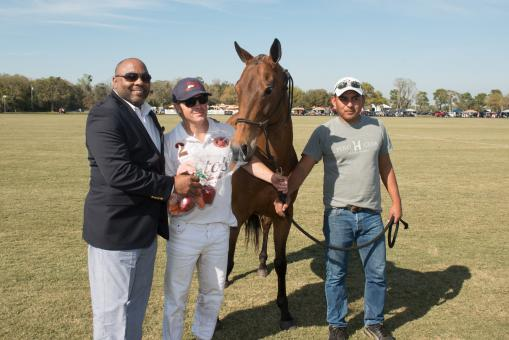 James P. Uihlein's horse, LIttle Goose, receives the Best Playing Pony Award. Courtesy photos