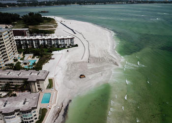 Sand dredging on south Lido Key