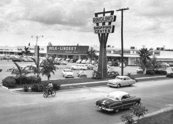 Sarasota's first Publix anchored the Ringling Shopping Center for more than 50 years. Photo courtesy of Rex Carr / city-data.com