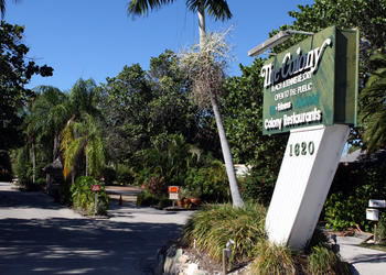 "Longtime Colony owner Dr. Murray ""Murf"" Klauber says that Colony Lender LLC has interfered with his attempts to renovate the resort."