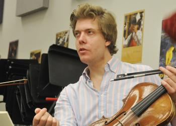 Violist Jan Gruning talked about how hearing quartets as a youth inspired him to play music professionally.