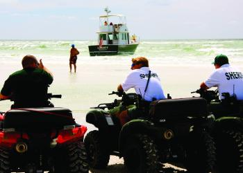 A 40-foot boat ran aground at the north end of Siesta Beach Tuesday. No one was injured.