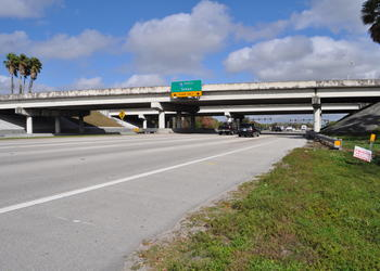 A double diverging diamond interchange has been proposed by the Florida Department of Transportation.