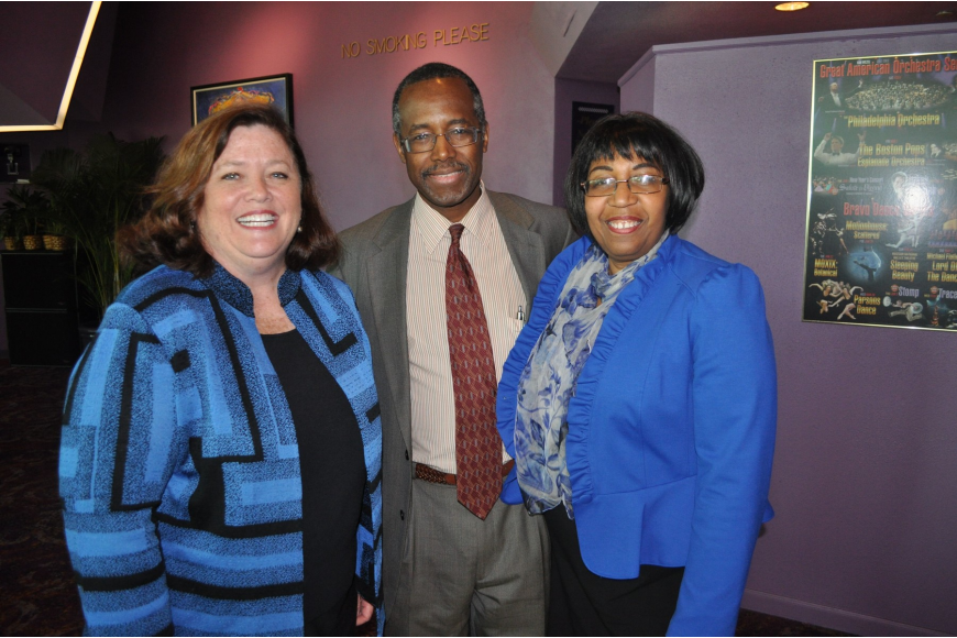 Stephanie Grosskreutz with Dr. Benjamin Carson and his wife, Candy Carson