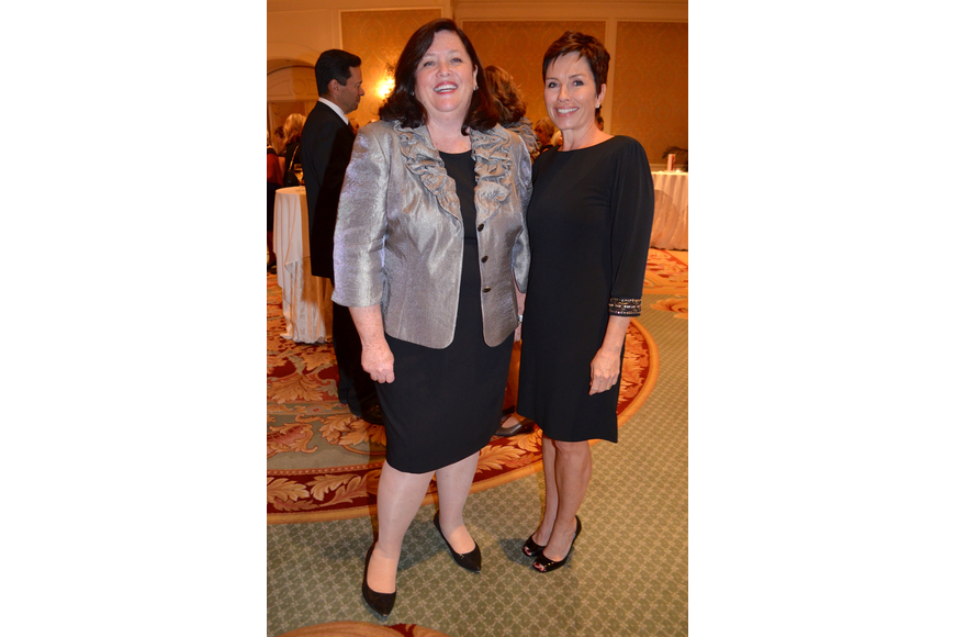 Co-chairs Stephanie Grosskreutz and Holly Logan