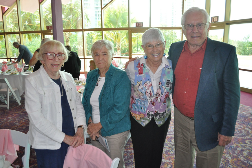 Dorothy Williams, Maureen Camden with Judy and Frank Moore