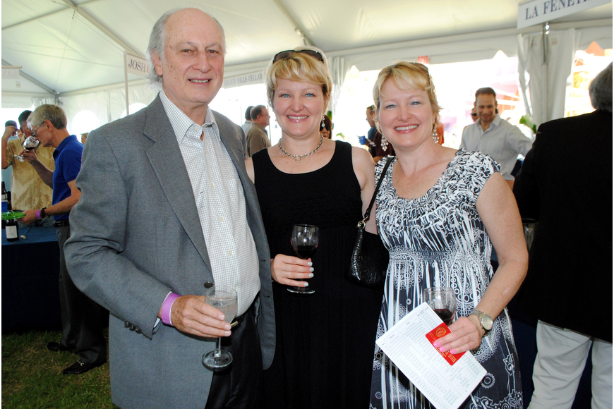 Amy Nulty, Leslie Nulty and Jerry Ziegler