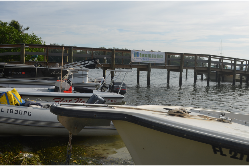 Volunteers brought their passenger boats, dinghies, kayaks and even jet skis to participate.