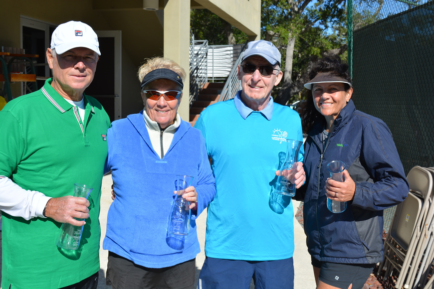 Ralph Fernandez, Cathy Powell, Joe Higgins and Bev Kalil took second in Division 2.