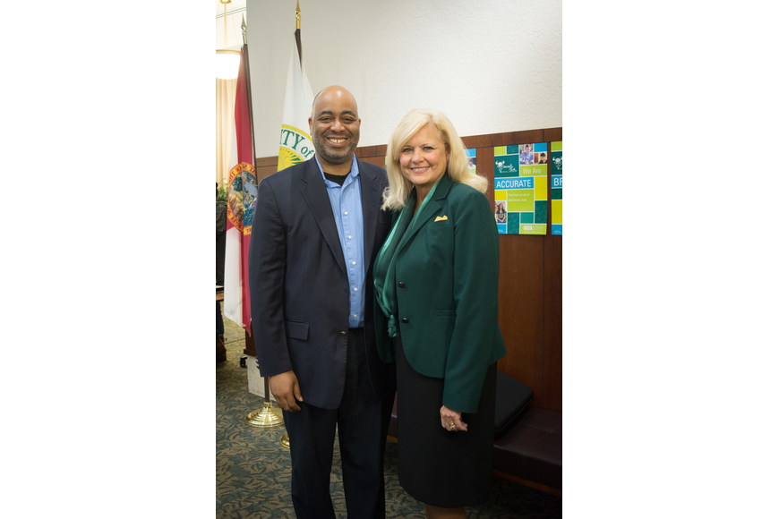 Adrian Miller and Interim Regional Vice Chancellor for Academic Affairs Bonnie Jones