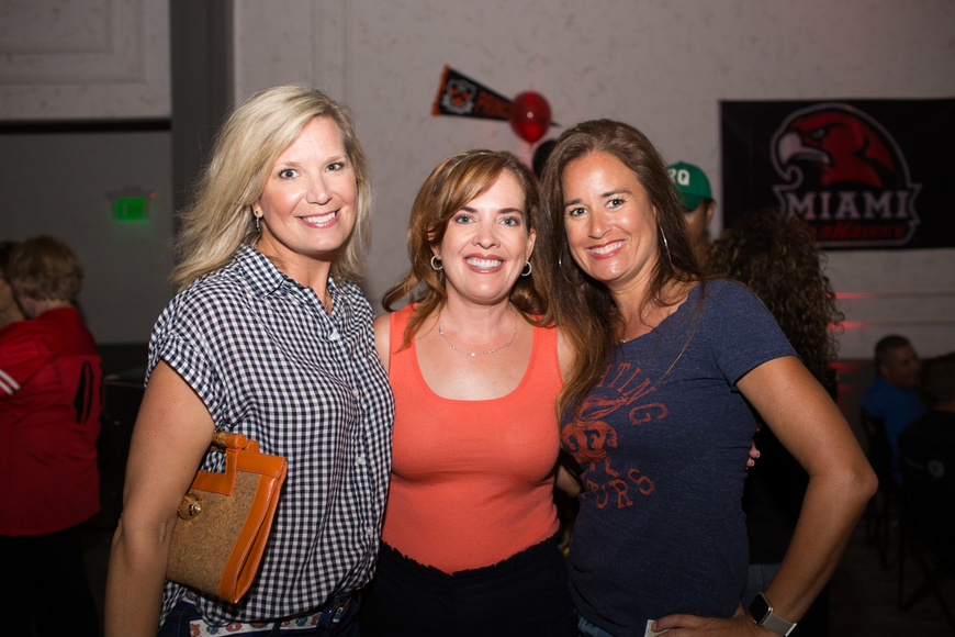 Amanda Morris, Retta Wagner and Co-Chairwoman Stephanie Kempton