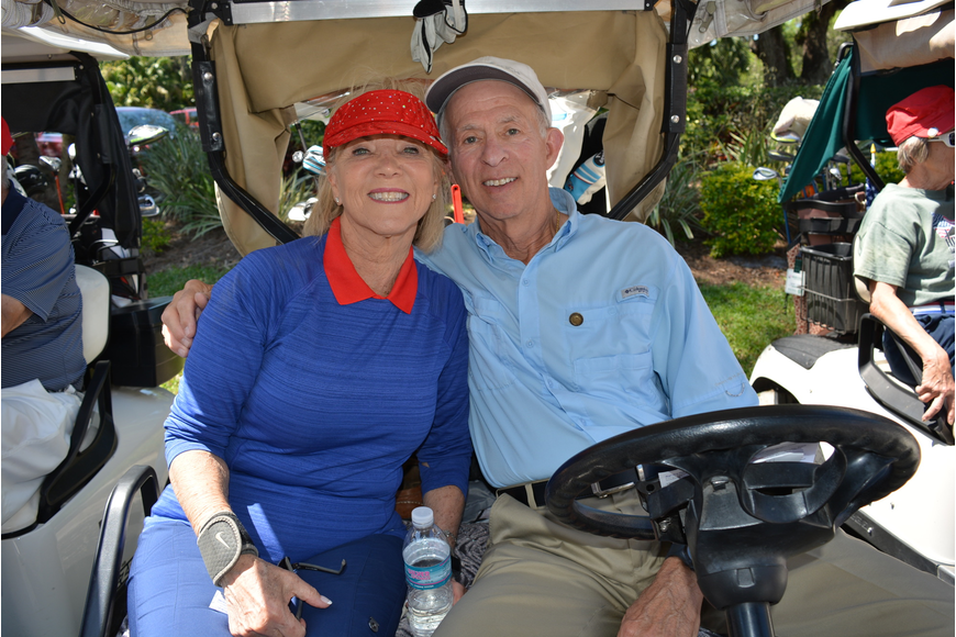 Rosedale's Cynthia and Stanley Wright paired up with Tom Bush and Barbara Elfelt for their foursome.