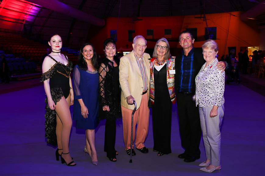 Grace Johnson, Jennifer Mitchell, Dolly Jacobs, Howard and Janice Tibbals, Pedro Reis and Carolyn Johnson