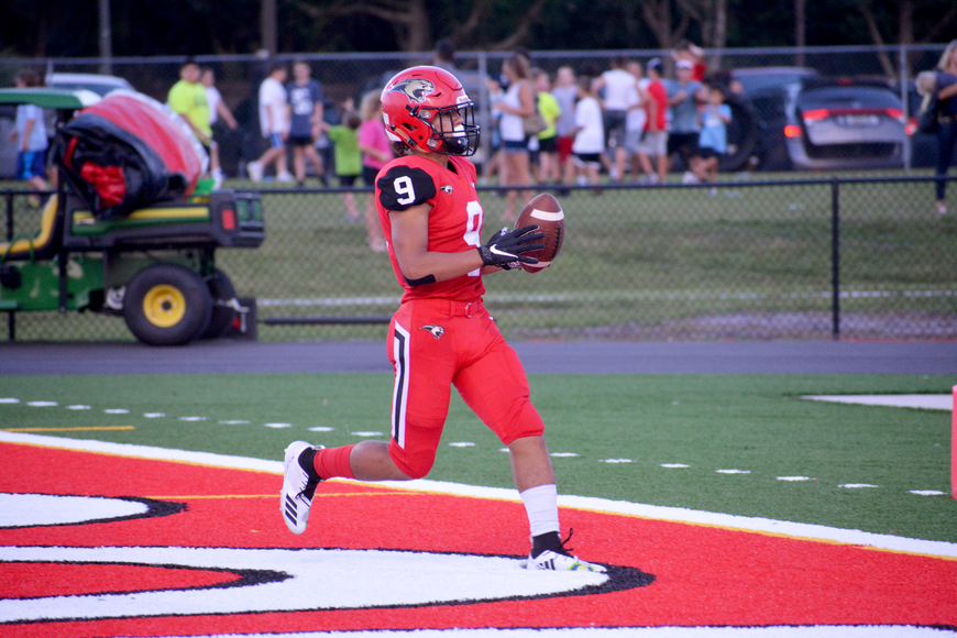 Junior wideout Ty Nevels waltzes into the end zone for a touchdown.
