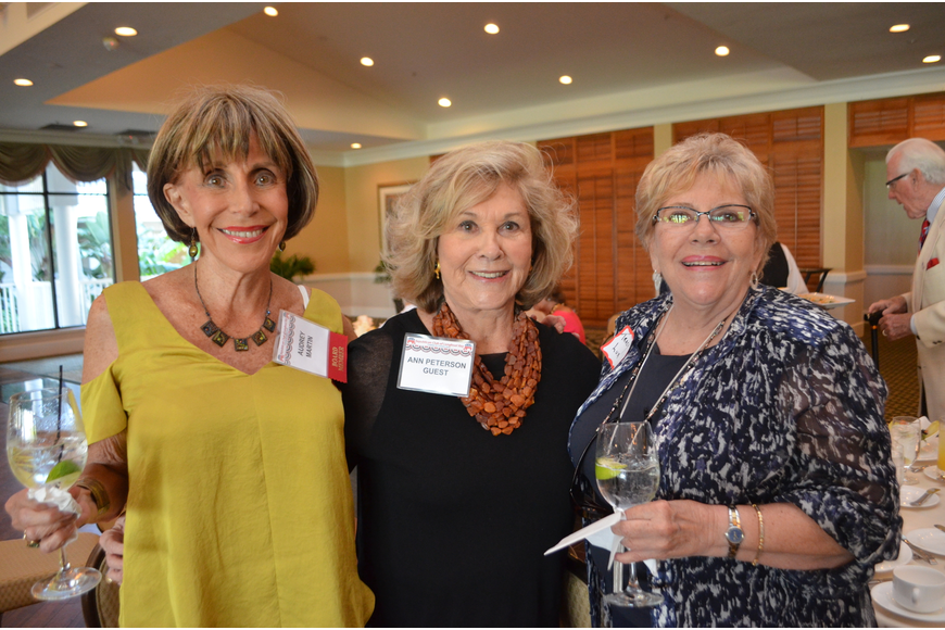 Membership chair Audrey Marten, Ann Runyon-Peterson and Tracy Lux