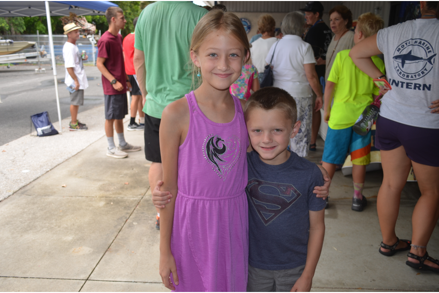 Kaylee Sloan, 9, with brother, Espen, 6