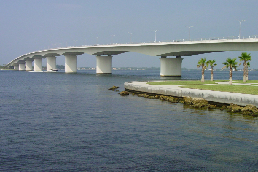 The Ringling Bridge will close one inside traffic lane next week during the hours of 9 p.m. to 5 a.m.