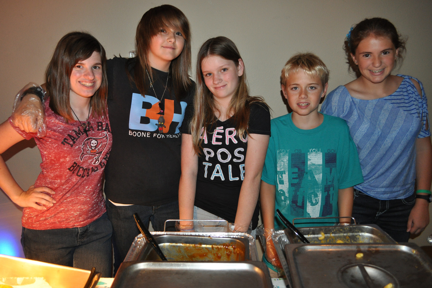 Ashley Marer, Lindsey McAdoo, Kayla O'Hara, Griffin Murphy and Jessica Bierds served dinner.