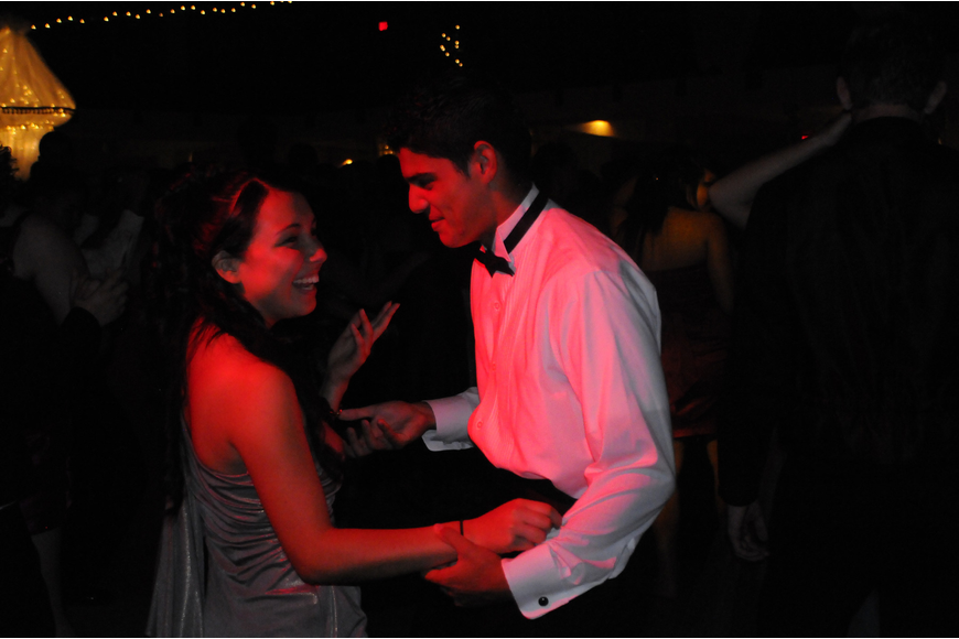 Sophomore Arely Bonilla and senior Sebastian Ramirez danced the night away.