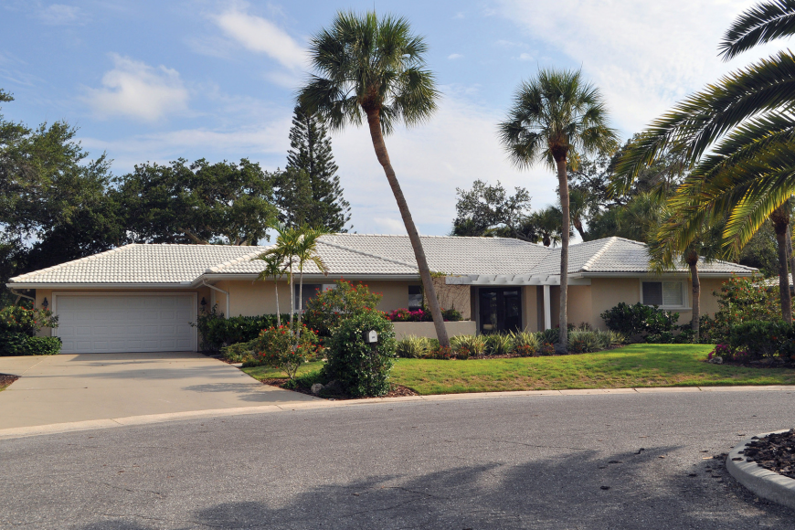 This home at 560 Commonwealth Place in Siesta's Bayside Waterside East has three bedrooms, two baths, a pool and 2,096 square feet of living area. It sold for $640,000. Rachel S. O'Hara.