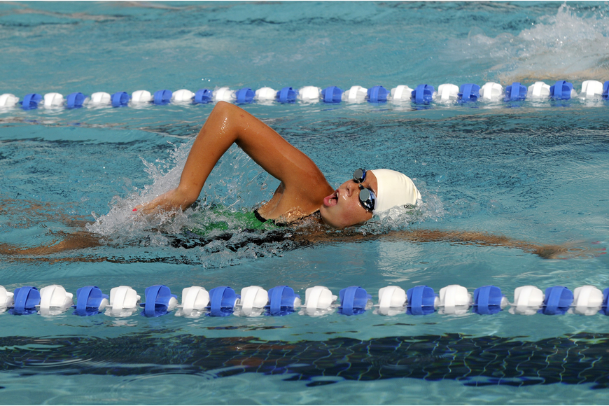 Lakewood Ranch sophomore Elizabeth Belan swims in the first heat of the 100-yard freestyle.