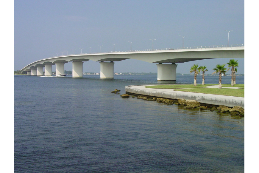 "Sarasota County Health Department officials lifted a ""no swim"" advisory for Bird Key Park west of the Ringling Causeway over the weekend."