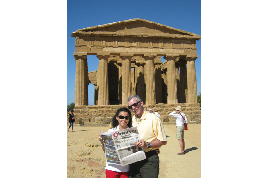GRAND PRIZE WINNER: Sarasota residents Nilda and David Mager read their Observer everywhere they go — even Sicily, Italy!