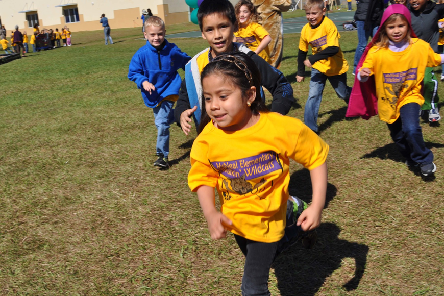 Jocelyn Lerma sprinted to the front as her class began its walk.