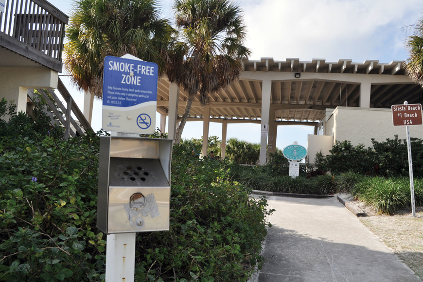 As of Dec. 10, smokers on Siesta Key Beach are no longer confined to specific smoking areas at the beach pavilion. Photo by Rachel S. O'Hara.