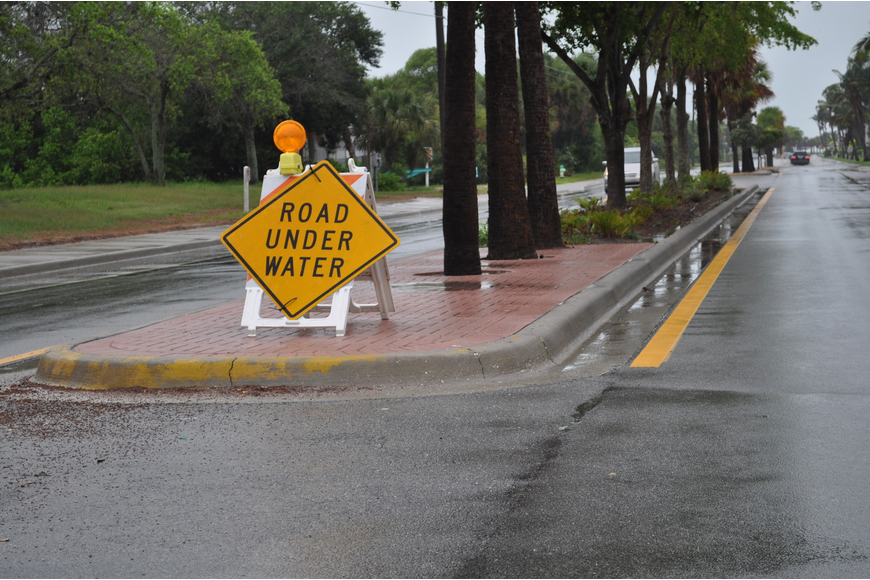 Sarasota County expected Beach road drainage improvements aimed at improving stormwater collection to begin after Easter.