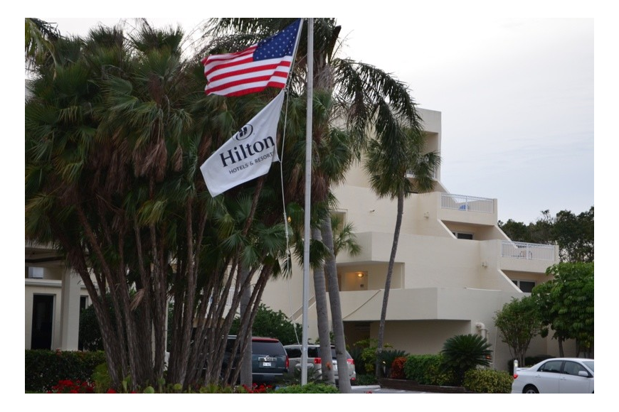 A modified ordinance the Town Commission is set to approve tonight allows the of the Longboat Key Hilton Beachfront Resort renovation-and-expansion application to move forward.