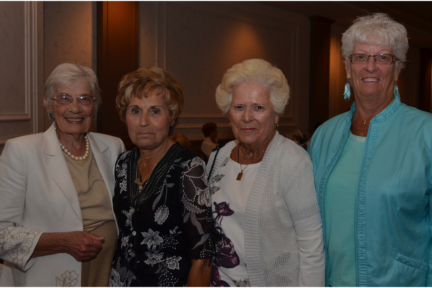Marcia Rhoades, Frances Mast, Joan Robinson and Dorothy Hopkins