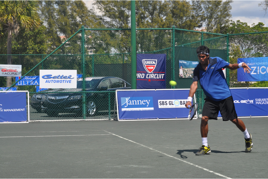 India's Somdev Devvaran, who defeated Jesse Levine 6-7(4), 6-3, 6-4, and Ilija Bozoljac 6-4, 6-4, is among the eight in contention of winning the sixth Sarasota Open.