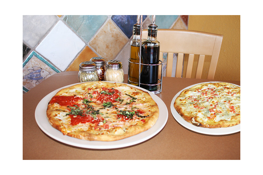 Cosimo's not only features traditional and specialty pizzas and pastas but also an array of gluten free pizzas, pastas, salads and entrees.