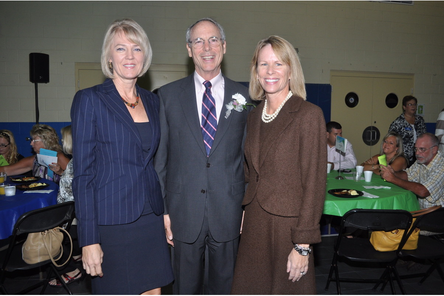 Leisa Weintraub, honoree Patrick Neal and Carol Ann Kalish