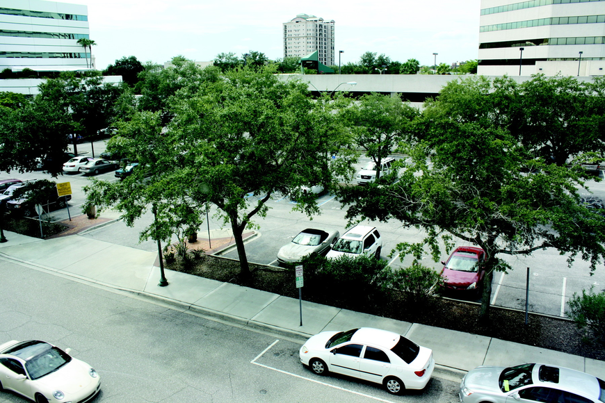 If city commissioners agree to a change in the Pineapple Square agreement, City Hall would be obligated to build a parking garage on the State Street parking lot.