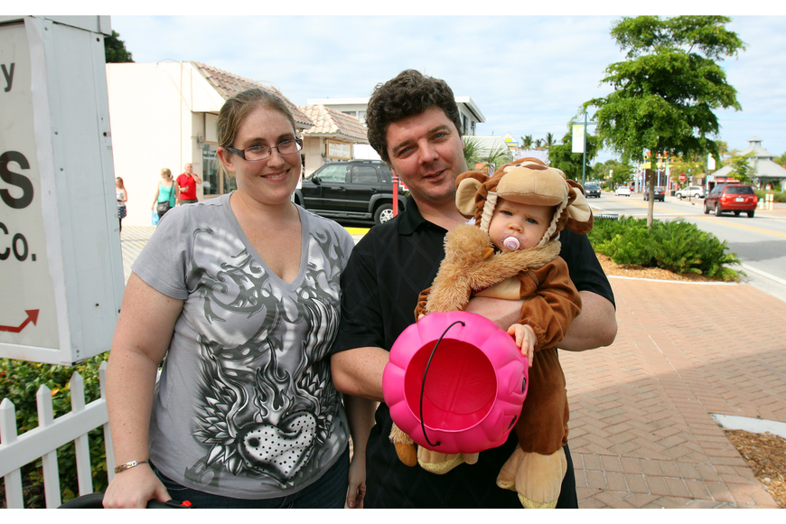 Ashley, Jonathan and Trinity, 10 mos., Lonsdale