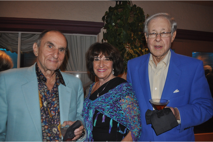 Sy Klionsky, temple president, with Evelyn Maurer and Donald Kayton