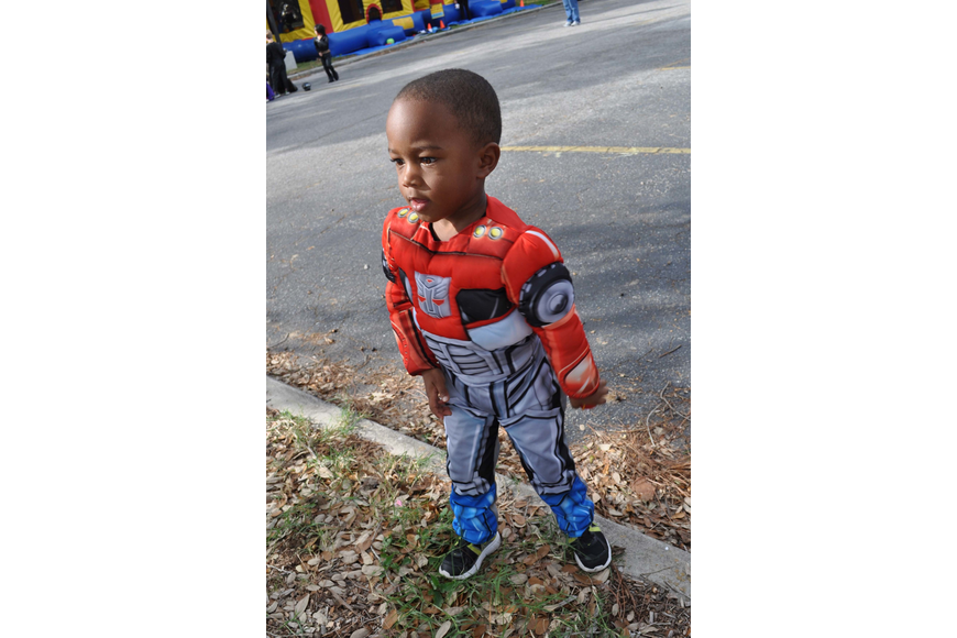Jahari Pitts, 3, played carnival-style games.