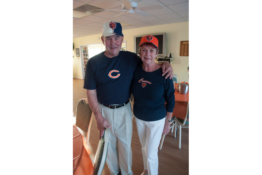 Bernie and Pat Clifford came as Chicago Bears fans.