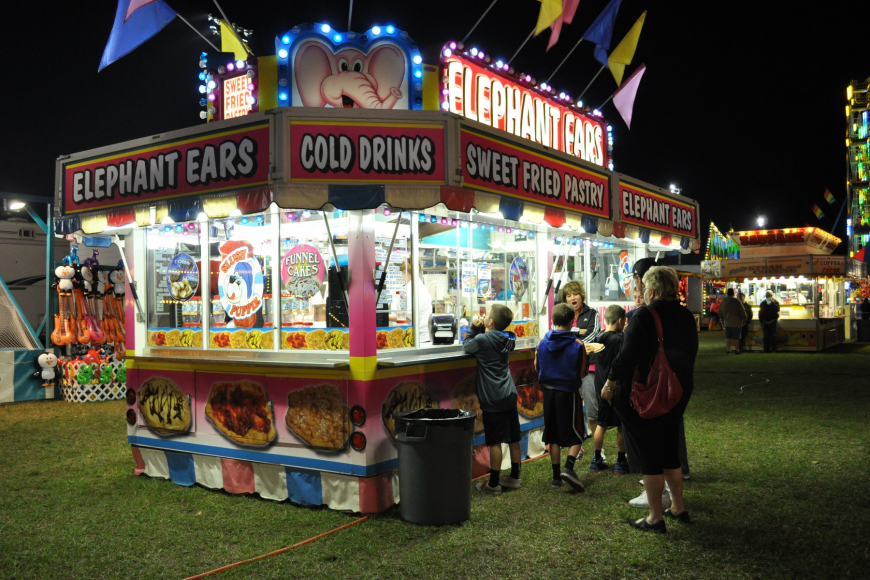 Guests can enjoy a variety of fair foods.