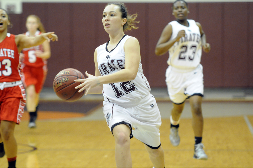 Braden River's Kendall Jeter drives down the lane in the fourth quarter.