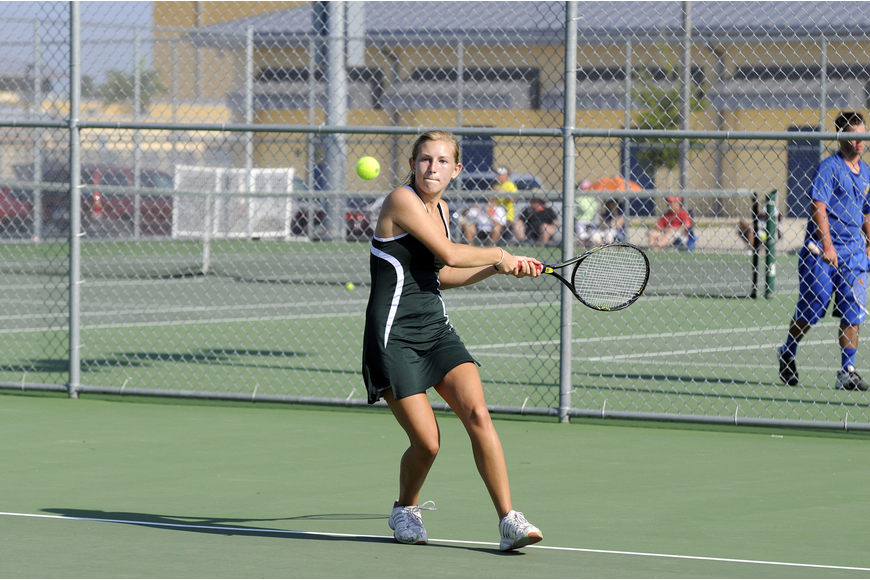 Lakewood Ranch's Lindsey Rechcigl finished as the district runner-up at No. 4 singles before winning the No. 1 doubles title.