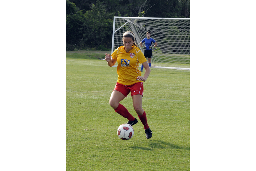 Defender Paola Maymi controls the ball for the Clearwater Chargers Elite U17 team.
