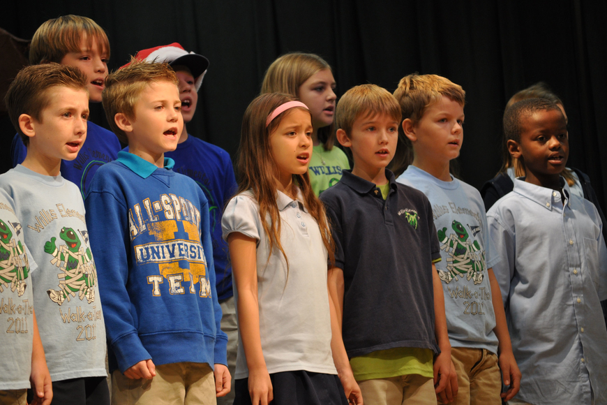 Third-graders performed Christmas-inspired songs from all over the world.