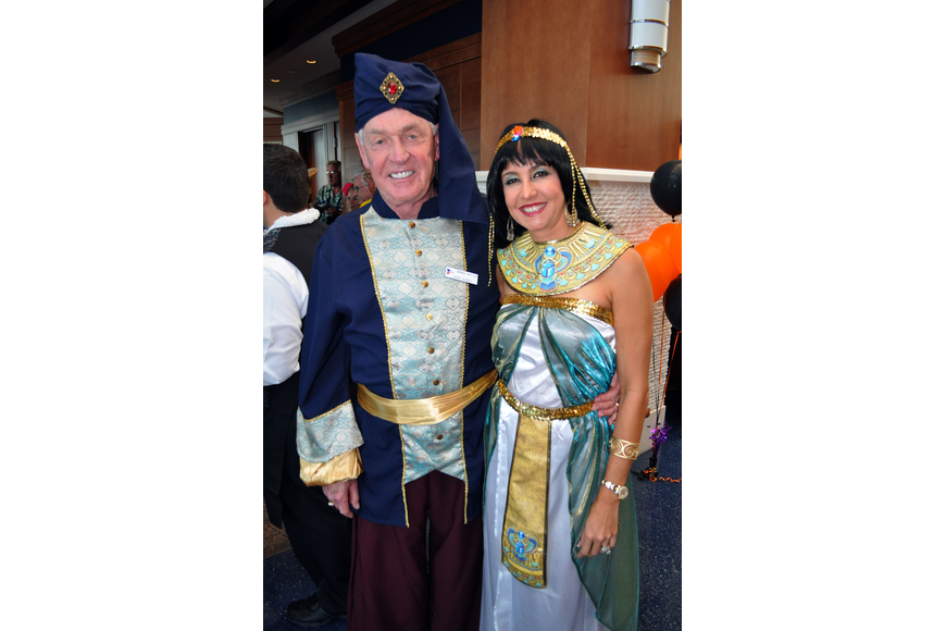 Jerry and Sirlene Bonney as a Sultan and Cleopatra.