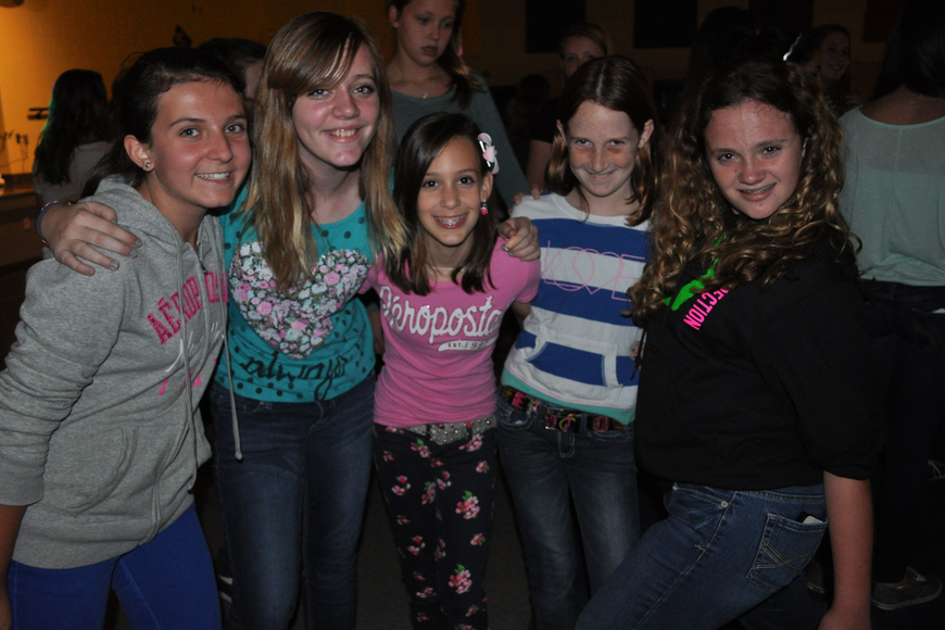 Sarah Martin, Becca Parades, Ava Vandroff, Annie Thornton and Peyton McLaughin are in sixth grade.