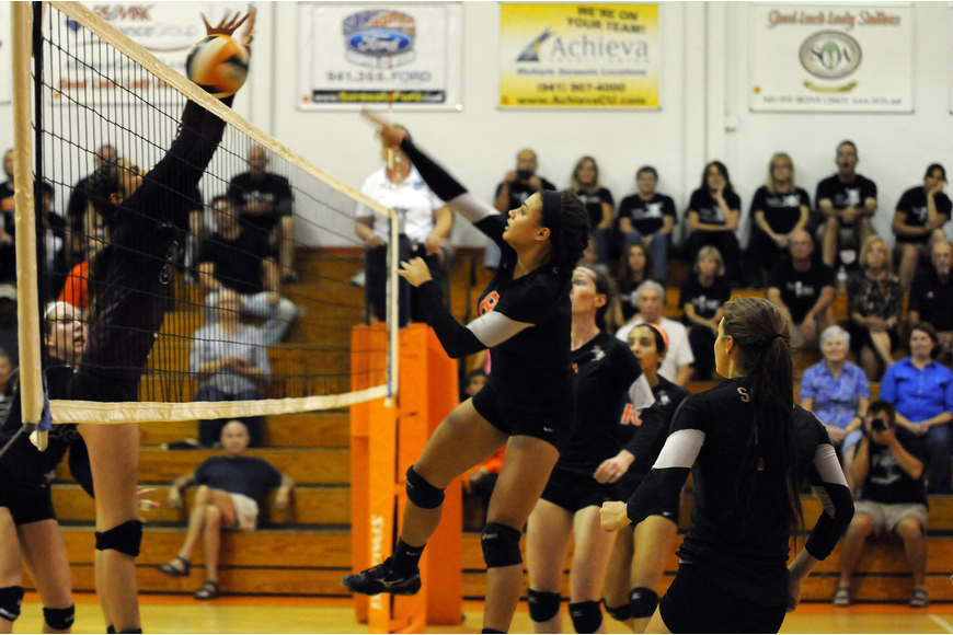 Desiree Leiding scored the game-winning point for Sarasota in the third set to send the Lady Sailors to the district championship game.