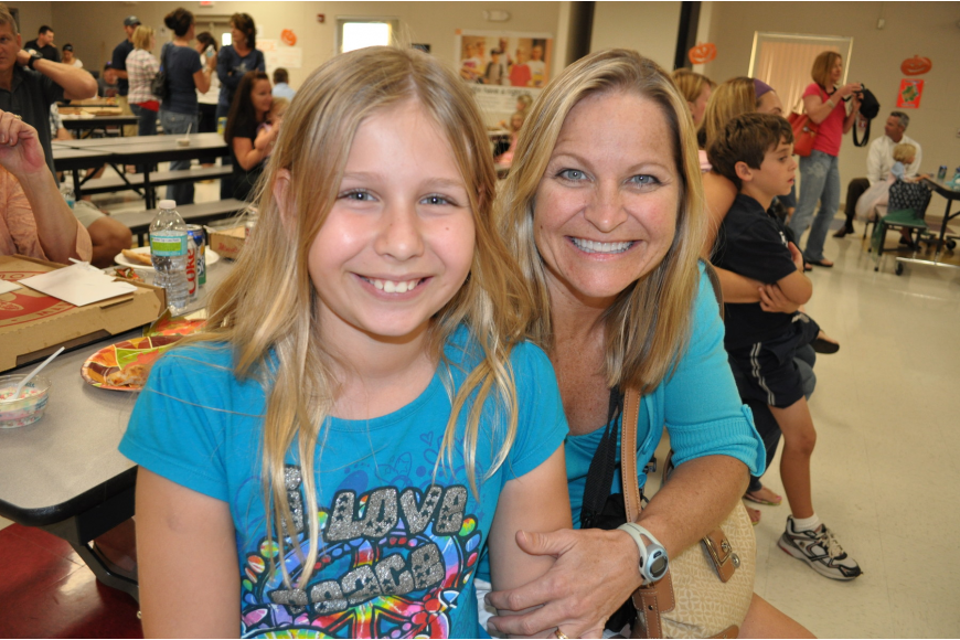Lauren Parent, 10, and her mom Robin enjoyed time together.