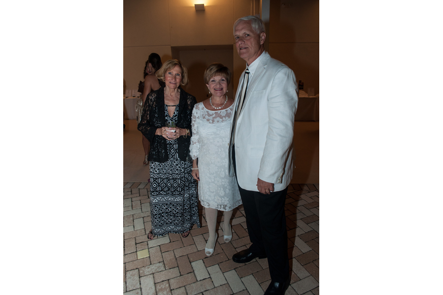 Tina Paran, Sandy and Earl Mahlenbacher